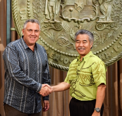 Ambassador Joe Hockey meets Honorable David Ige, Governor of the State of Hawaii